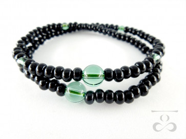 <Hitoshina>Ebony & Green colored quartz 108 bracelet